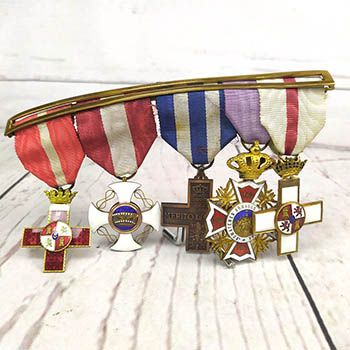 militaria sagrada familia coleccionismo Medallas Militares