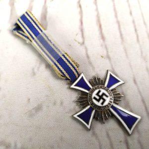 Cruz de honor de madre alemana de plata