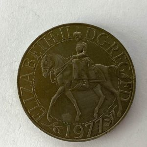 Moneda Británica de plata 1 Corona de 1977
