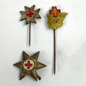 Conjunto de distintivos de Cruz Roja