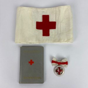 Conjunto Dama Auxiliar Cruz Roja